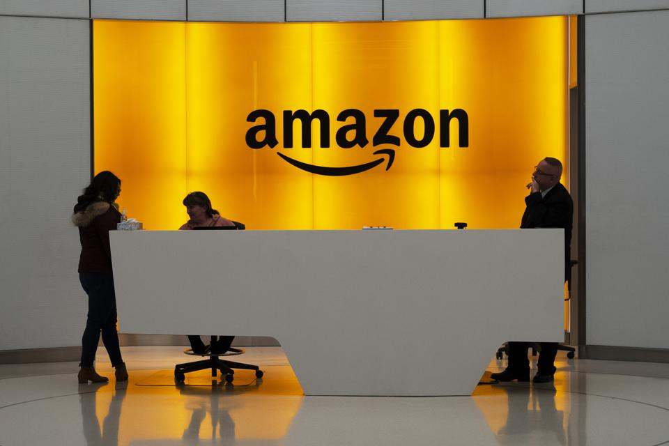How to Get the Best Customer Service From Amazon